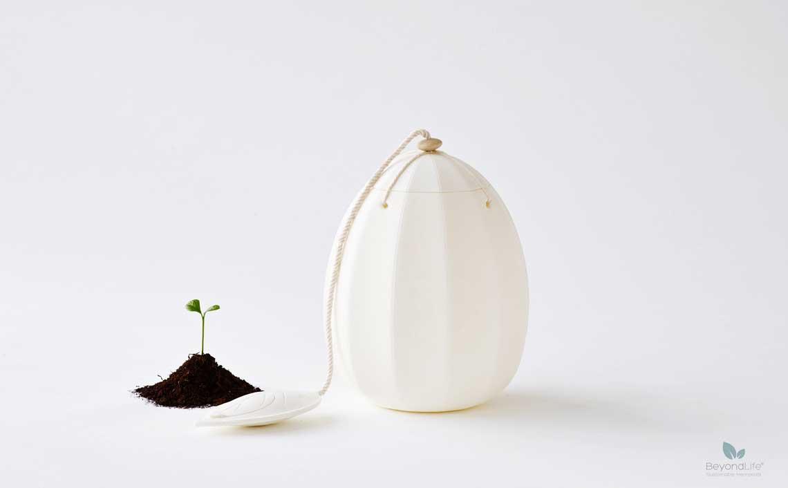 beyond-hvid urne