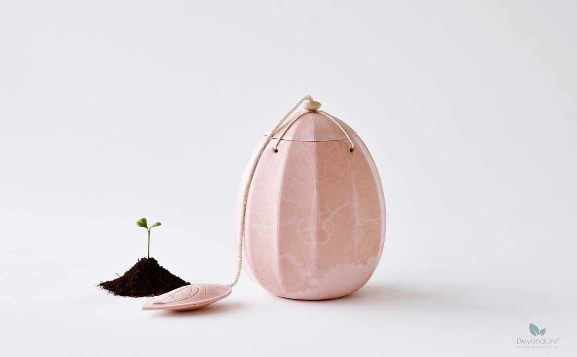 beyond-rosa urne